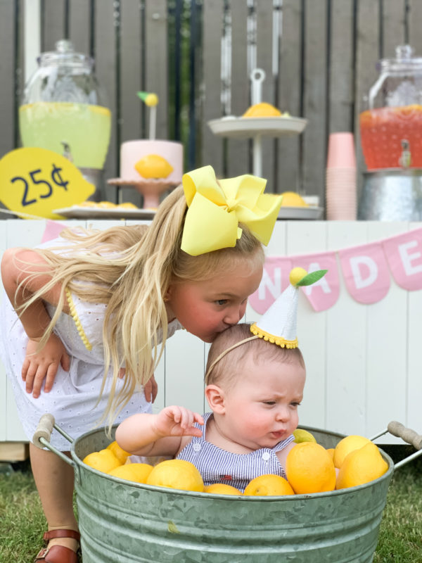 Darling lemonade stand photos