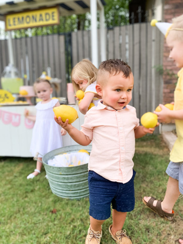 Lemonade Stand Photoshoot