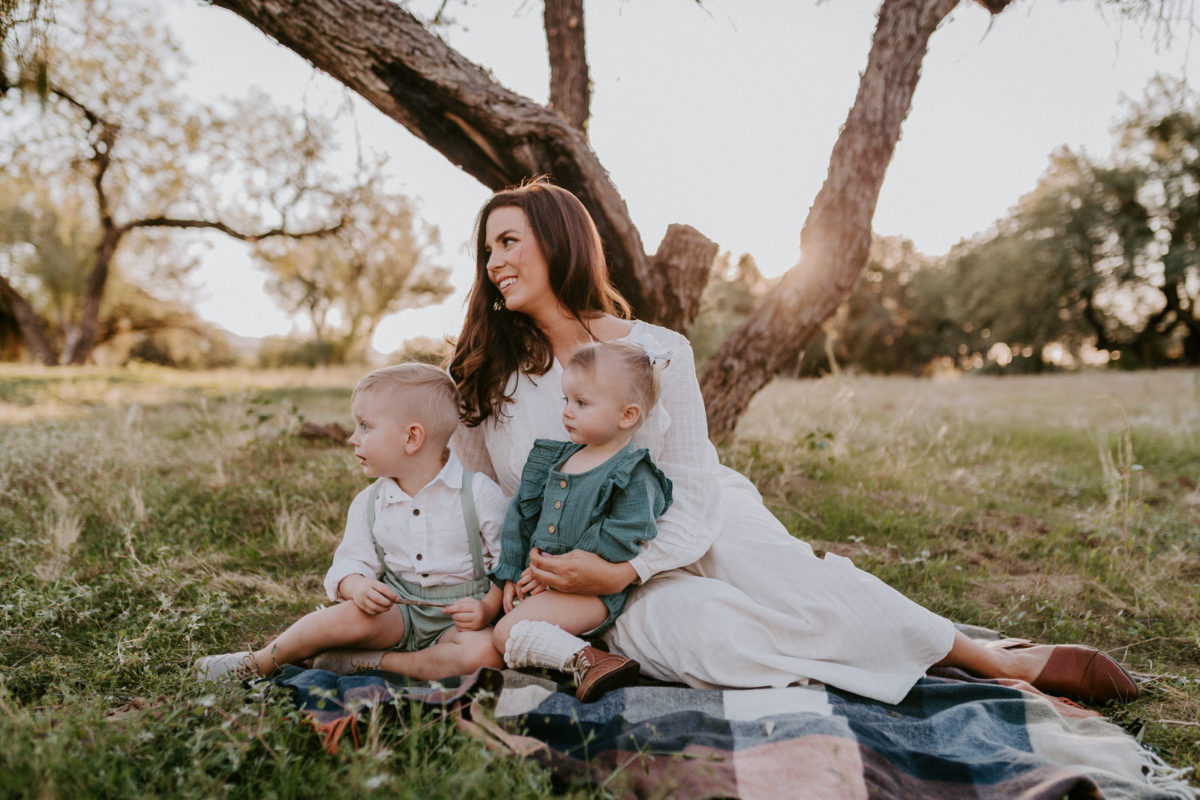 Family Photoshoot Ideas | Family of Four